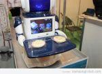robo-cafe-restaurant-robot-waiters_An7SM_54